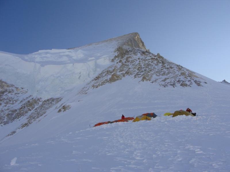 Dzien 36.Widok z trojki na szczyt.